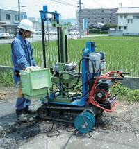 宮部造園土木の地盤調査地盤の強度を調べるのに最も普及している調査方法です。