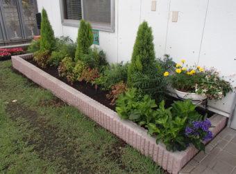 花壇整備工事