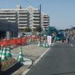 新庁舎建設工事:東側道路拡張工事が行われています。